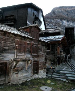 044 Old Zermatt