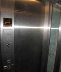 064b Schindlers Lift