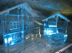 077 Ice sculpture