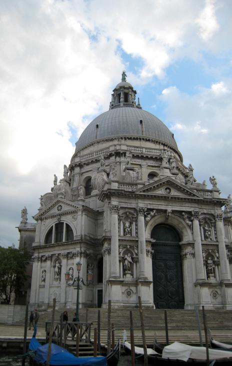 375 Santa Maria della Salute