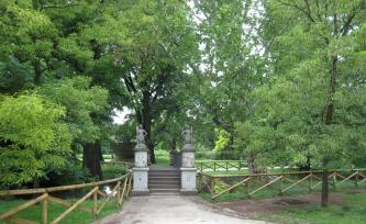 1073 Castle Gardens