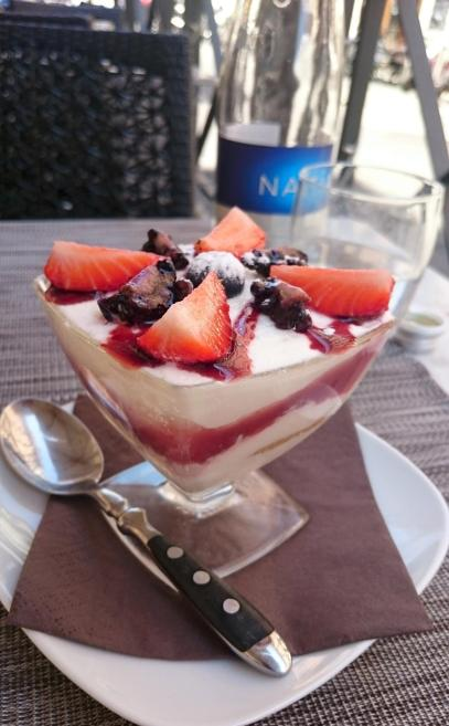 1125 Lunch - Fruity Tiramisu Dessert