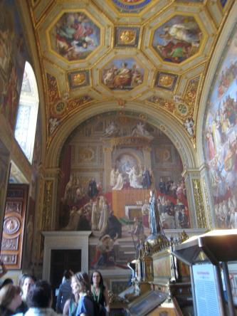1377 Ornate Ceiling