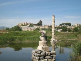 859 Temple of Artemis with Bird Nest and Castle