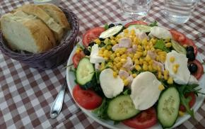 1398 Lunch - Salad of Awesome