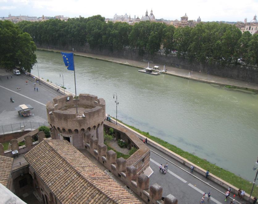 1426 Tiber