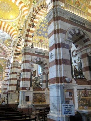 1586 Basilica Interior