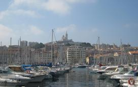 1600 Marseille Port With Basilica